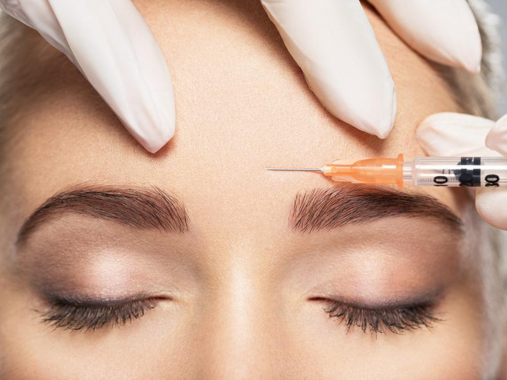 botox injection near eyebrow