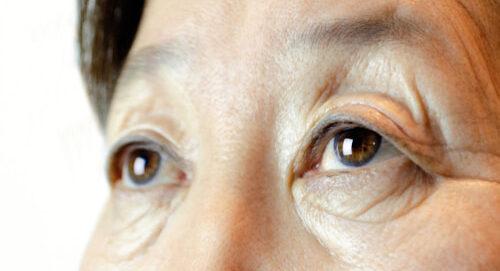 senior eyes close up